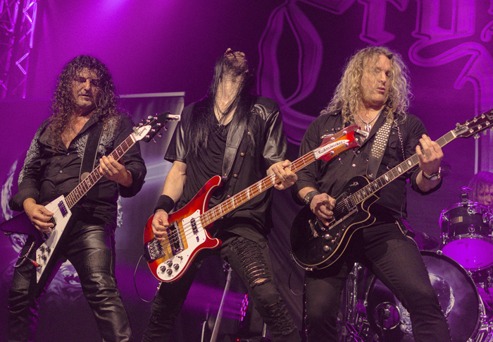 ;ALBATROS-KONZERT VON CRYSTAL BALL am 28.10.2018 in Bordesholm,(Moorweg 70),Albatros,Photo: Michael Slogsnat.