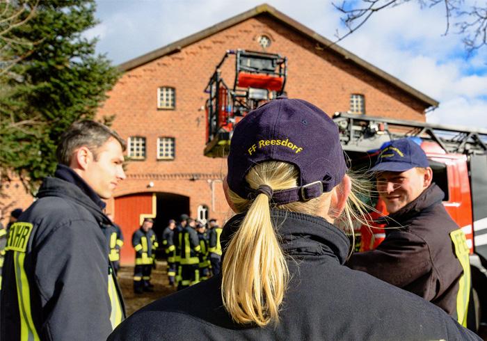 ; Reesdorfer Wehrführer Dirk Hinz-Reese verabschiedet am 09.02.2019 in Reesdorf,(Reesdorfer Weg),,Photo: Michael Slogsnat, Bordesholm.