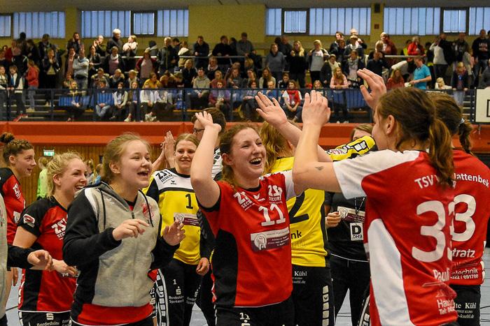 Volle Halle, geiles Spiel Handballherz was willst du mehr. TSV WATTENBEK - HSG J…RL DE VI…L am 17.03.2019 in Bordesholm, Langenheisch 27Ð29, Hans-BrŸggemann-Schule, Photo: Michael Slogsnat, Bordesholm.