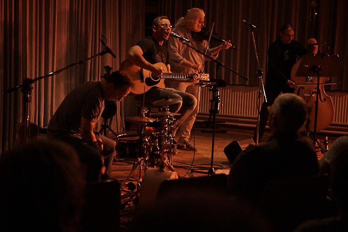 . Konzert für die Lebenshilfe mit !unkenruf am 29.11.2019 in Bordesholm, Wildhofstraße 23, Bürgerhaus, Photo: Michael Slogsnat, Bordesholm.