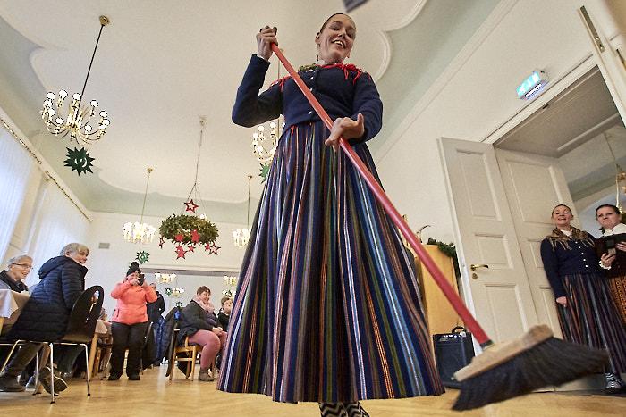 . Weihnachtsmarkt 2019 am 08.12.2019 in Bordesholm, Lindenplatz, , Photo: Michael Slogsnat, Bordesholm.