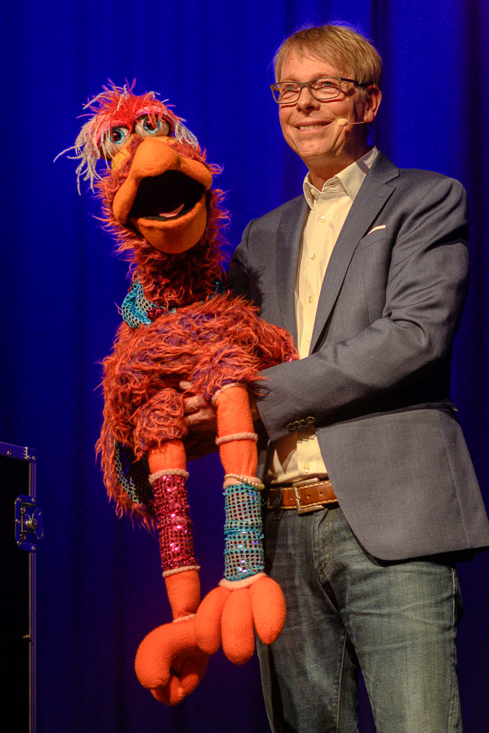 . 10 Jahre KNÖV-NetT mit Puppenspieler Jörg Jara am 20.11.2020 in Bordesholm, Schulstrasse 7, Savoy Kino Bordesholm, Photo: Michael Slogsnat, Bordesholm.